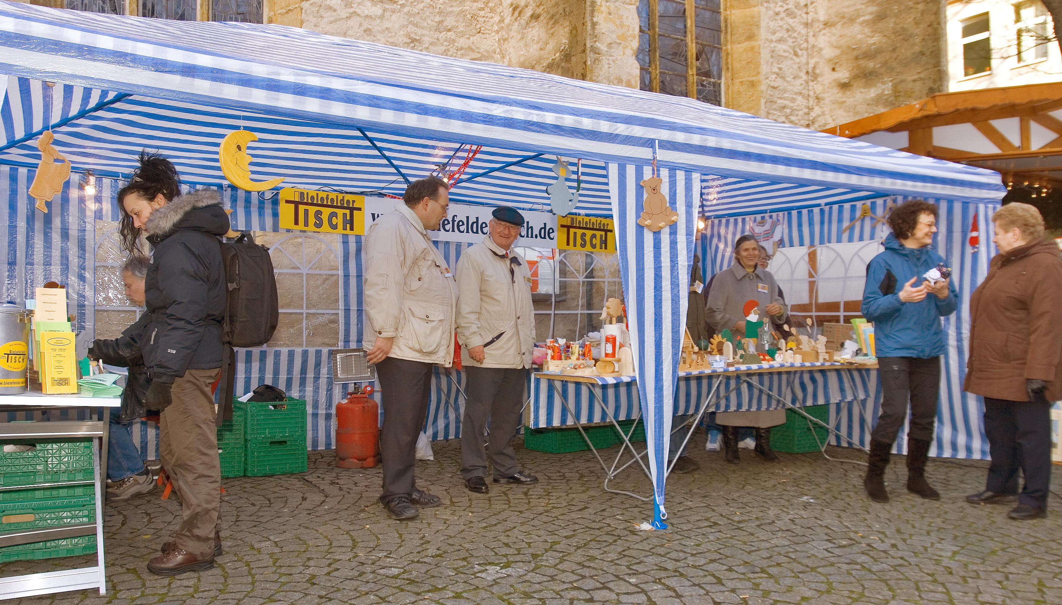 Bielefelder Weihnachtsmarkt.Sozialer Weihnachtsmarkt Bielefelder Tisch E V